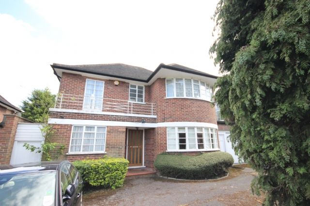 Thumbnail Detached house to rent in Heathcroft, Ealing, London