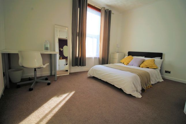 Thumbnail Room to rent in London Avenue, Portsmouth