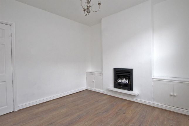 Lounge of Hardstaff Road, Sneinton, Nottingham NG2