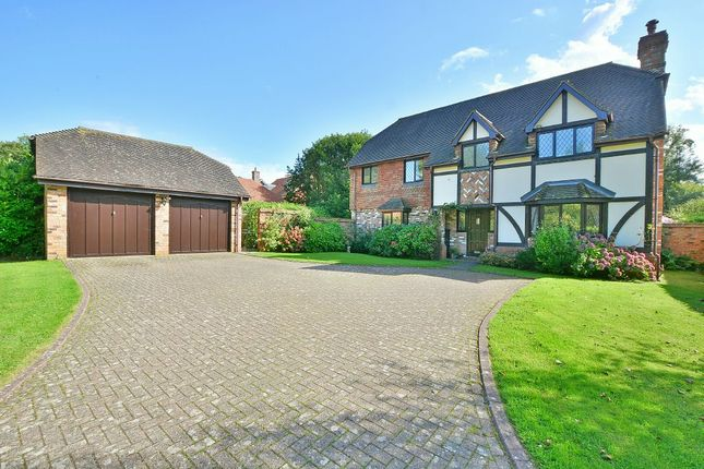 Thumbnail Detached house for sale in Beedingwood Drive, Forest Road, Colgate, Horsham