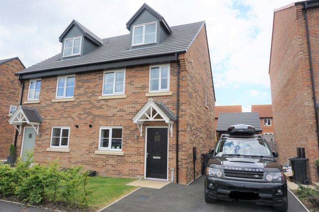 3 bed detached house for sale in Harebell Road, Malton YO17