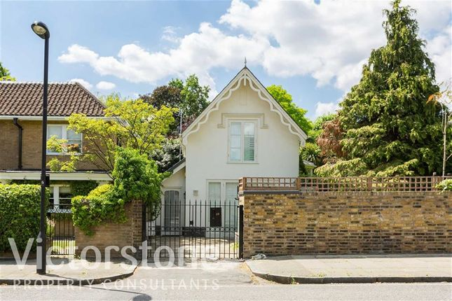 Thumbnail Cottage to rent in Woronzow Road, St Johns Wood, London