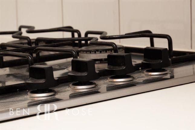 Kitchen Hob of Geoffrey Street, Chorley PR6