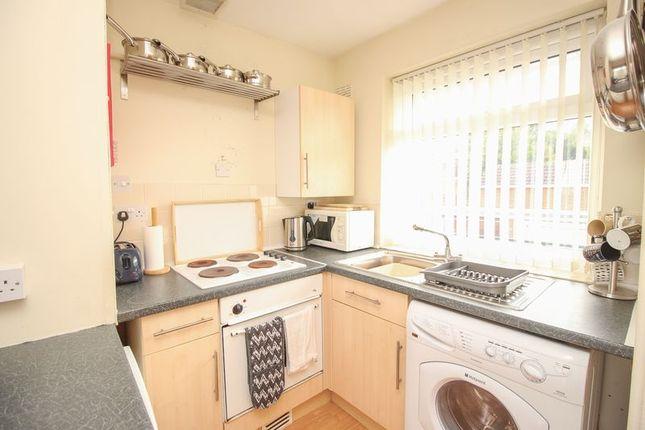 Kitchen of Abingdon Court, Blaydon-On-Tyne NE21