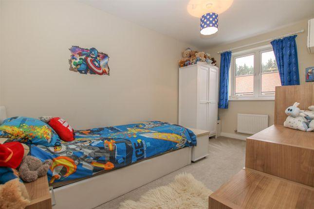 Img_0289 of Oak Place, Stoke Mandeville, Aylesbury HP22