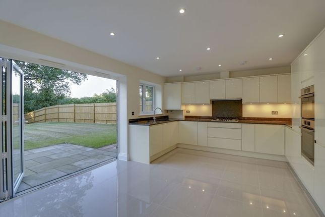 Thumbnail Semi-detached house for sale in Guildford Road, Bagshot