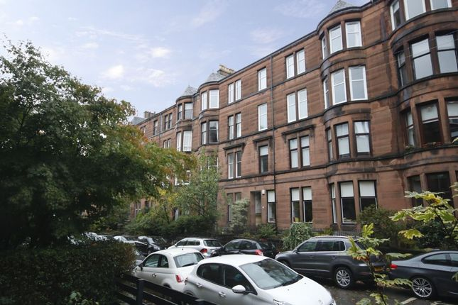 Thumbnail Flat for sale in 3/R, 11 Dryburgh Gardens, North Kelvinside, Glasgow
