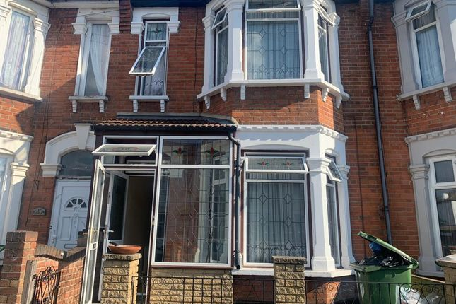 Thumbnail Terraced house to rent in Shelly Avenue, East Ham