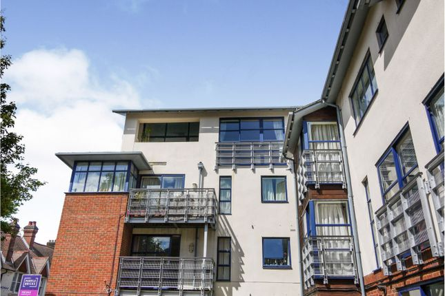 Thumbnail Flat for sale in Silchester Place, Winchester