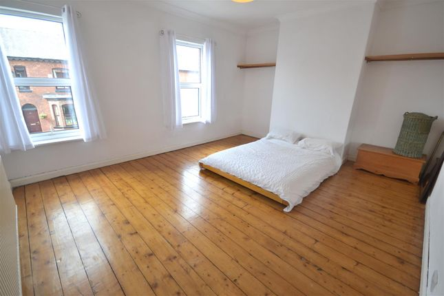 Room to rent in Egerton Street, Prestwich, Manchester M25