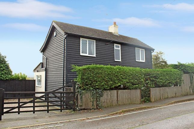 Cottage for sale in Runwell Road, Runwell, Wickford