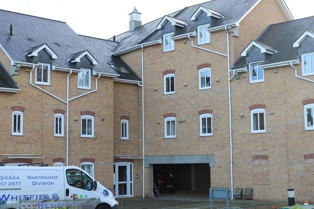 Thumbnail Flat to rent in 8 Riverside Court, Biggleswade
