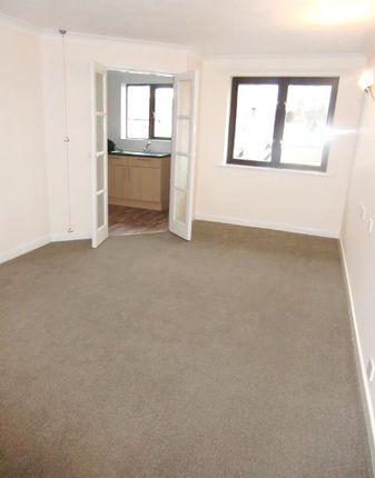 Thumbnail Flat to rent in Vale Court, Bond End, Knaresborough, North Yorkshire