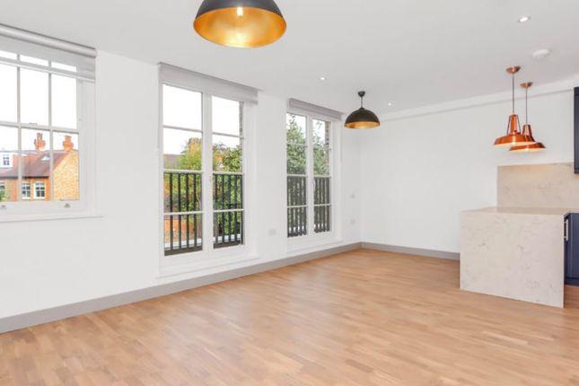 Thumbnail Flat to rent in Castlebar Road, London