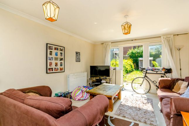 Thumbnail Property for sale in Beemans Row, Earlsfield