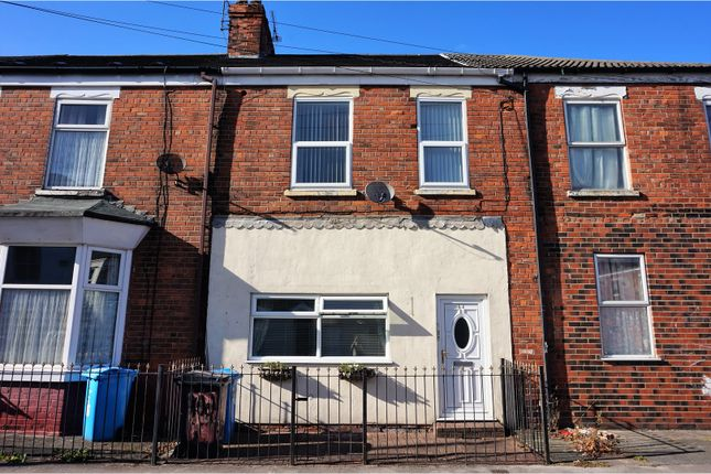 Thumbnail End terrace house for sale in Cholmley Street, Hull