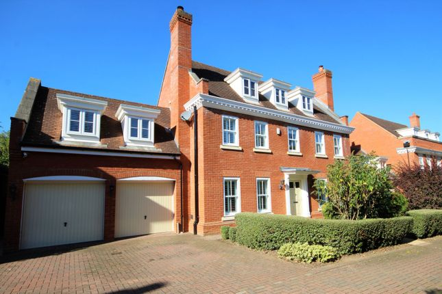 Thumbnail Detached house for sale in Wood Avenue, Hockley