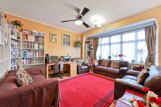 Thumbnail Terraced house for sale in Lonsdale Gardens, Thornton Heath, London