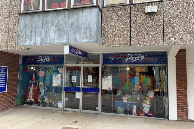 Thumbnail Retail premises to let in Unit 2, 11-12 Middle Street, Horsham