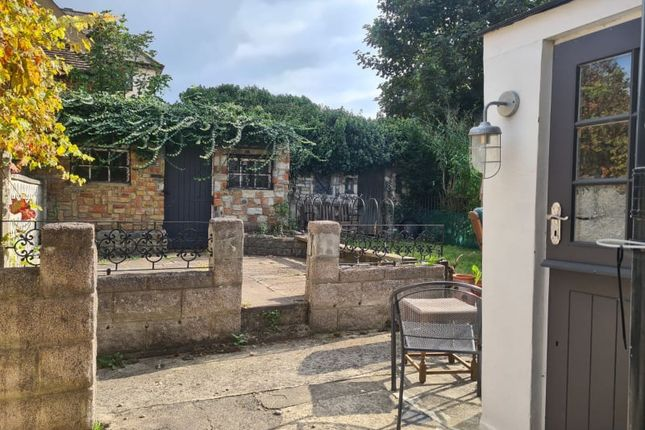 2 bed mews house to rent in Eastgate Terrace, Rochester ME1