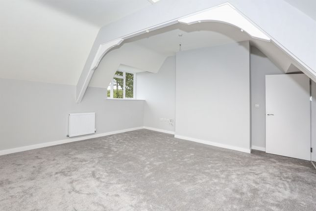 Thumbnail Flat for sale in Priorygate Court, Castle Cary