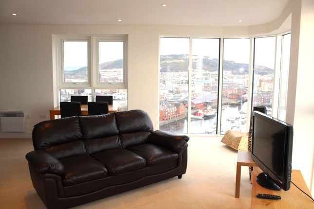 Thumbnail Flat to rent in Meridian Tower, Swansea