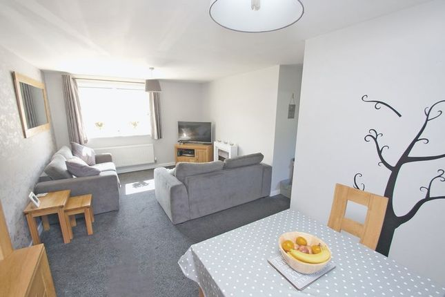 Thumbnail Flat for sale in Hollington House, Dixon Close, Enfield, Redditch
