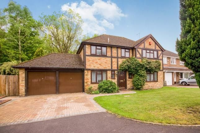 Thumbnail Detached house for sale in Farnborough, Hampshire