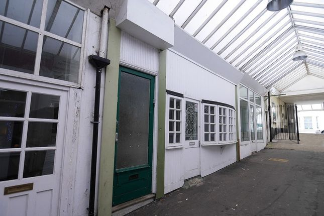 1 bedroom flat to rent in Yarborough Arcade, High Street, Shanklin, Isle Of Wight.