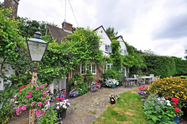 Thumbnail Detached house for sale in Wheatsheaf Road, Henfield, West Sussex