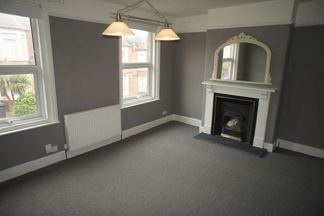 Thumbnail Flat to rent in Pinhoe Road, Central, Exeter