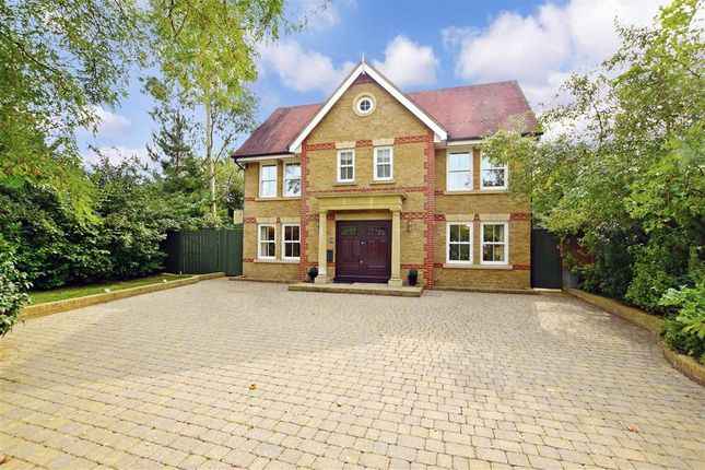 Thumbnail Detached house for sale in Eynsford Road, Crockenhill, Kent