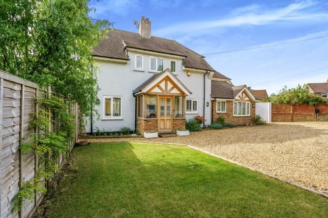 3 bed detached house for sale in Downview Road, Petworth, West Sussex, . GU28