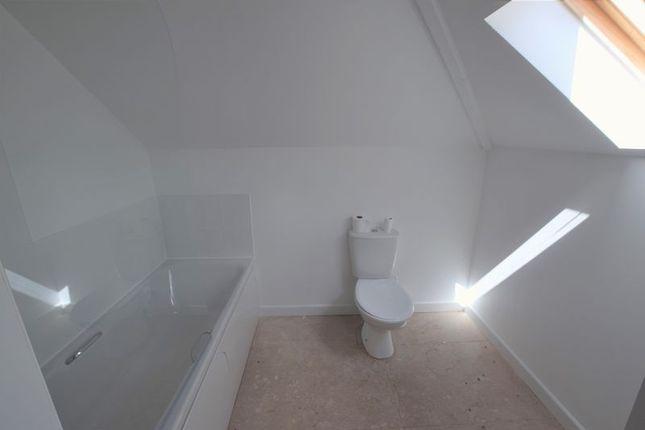 Bathroom of Priory Park Road, Launceston PL15