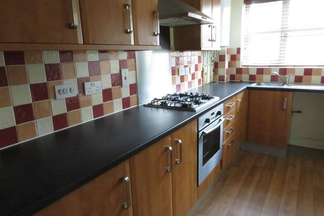 Thumbnail Flat to rent in Drysdale Fold, Huddersfield