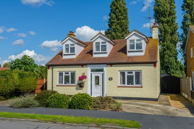 Thumbnail Detached house for sale in Twyford Avenue, Great Wakering, Southend-On-Sea