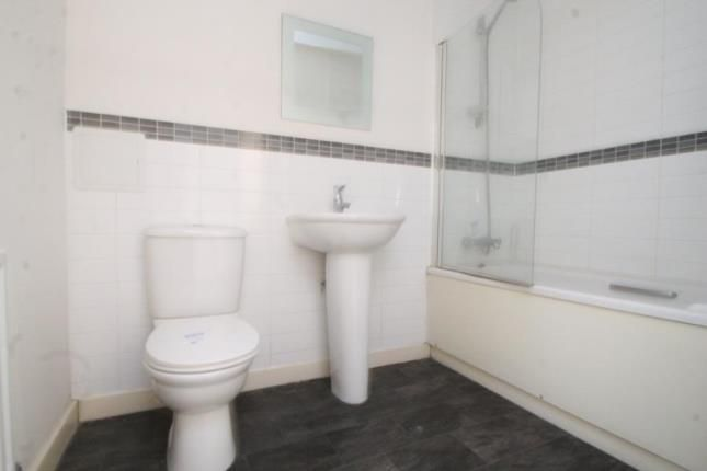 Bathroom of Co Operative House, 263 Rye Lane, London SE15
