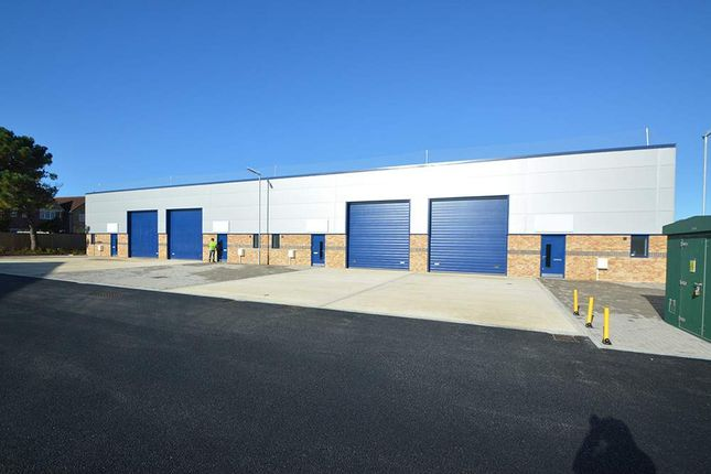 Warehouse to let in Units 2-17, Avro Business Park, Christchurch