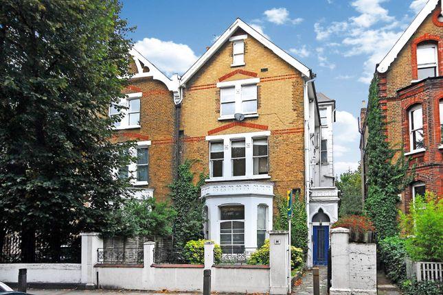 Thumbnail Flat to rent in North Side Wandsworth Common, Wandsworth Common