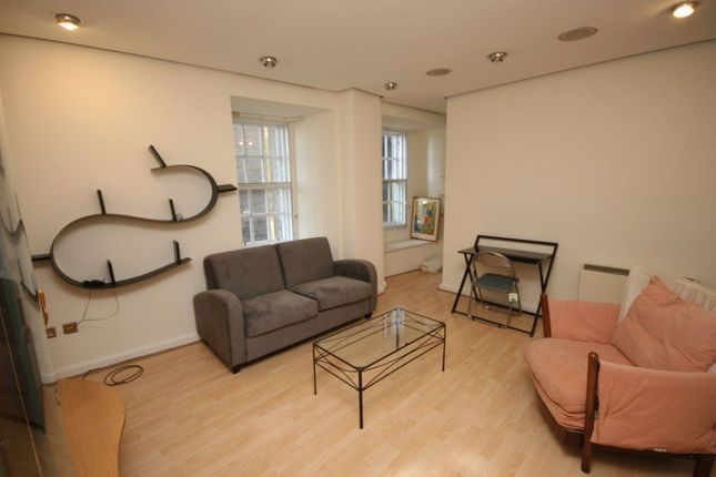 1 bed flat to rent in North Bank Street, Edinburgh EH1