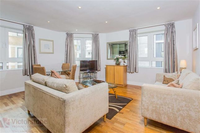 2 bed flat to rent in Pepys Street, Tower Hill, London