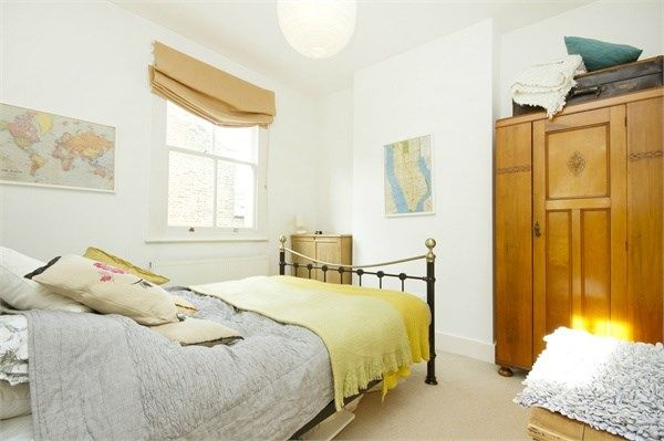 Thumbnail End terrace house to rent in Short Road, Chiswick