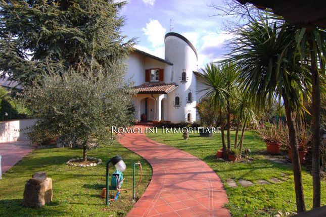 Villa For Sale In Sansepolcro, Tuscany