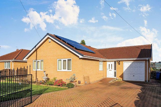 Thumbnail Bungalow for sale in Lindrick Close, Cudworth, Barnsley, South Yorkshire
