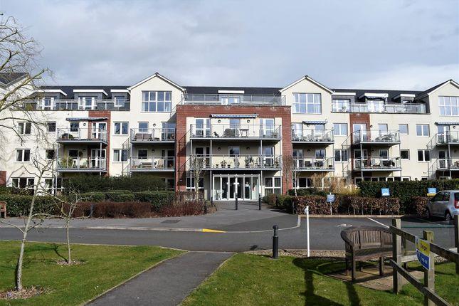 Thumbnail Flat for sale in Mount Street, Taunton