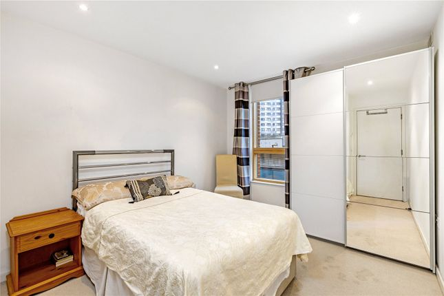 Bedroom of Hardwicks Square, London, Wandsworth SW18