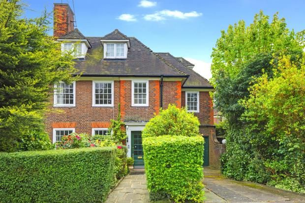 Thumbnail Semi-detached house for sale in Southway, Hampstead Garden Suburb, London