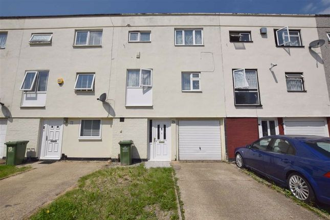 4 bed town house for sale in Roodegate, Basildon, Essex SS14