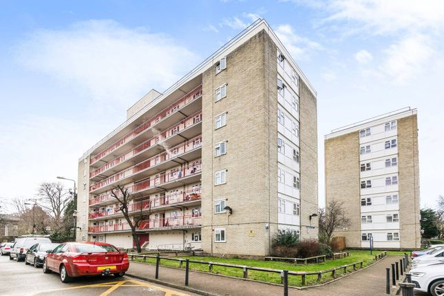 Thumbnail Flat for sale in Commerce Road, Wood Green, London
