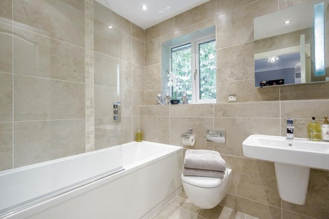 Picture No. 10 of Soper Drive, Hambledon Park, Caterham, Surrey CR3